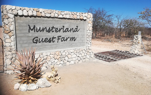Münsterland, Guest Farm, Wedding Venue, outjo, kunene, namibia, self catering, accommodation, honeymoon, camping, campsite, farm weddings, functions
